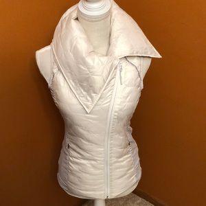 Mondetta vest.  Off white with grey & white stripe